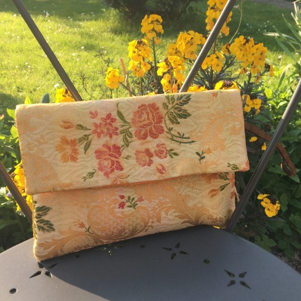 Pochette fleurie